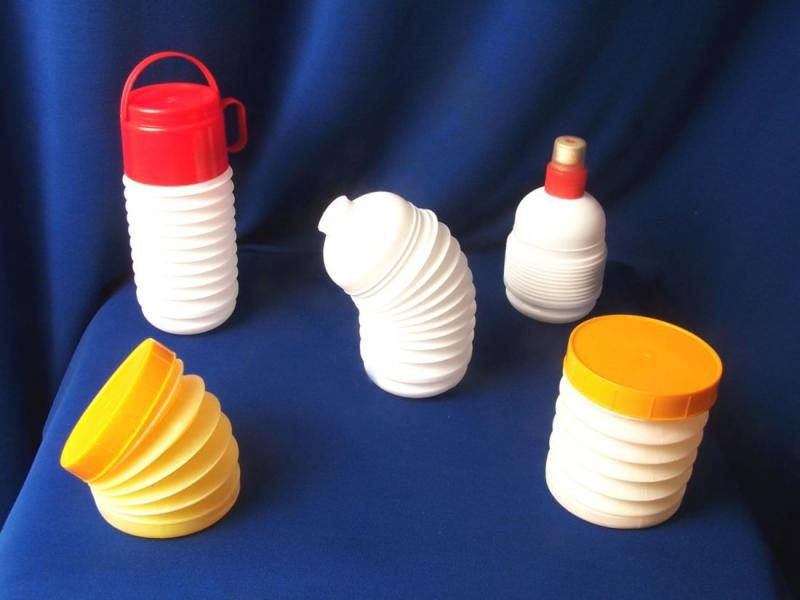 Collapsing Bottles