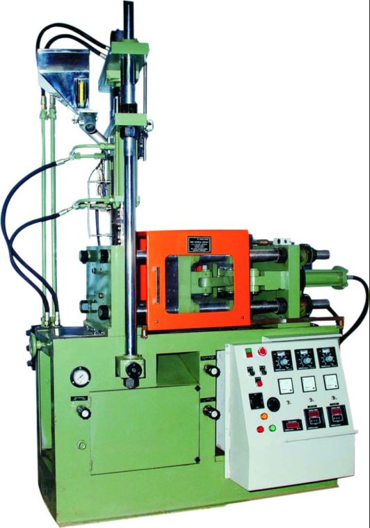 Vertical screw Injection Machine